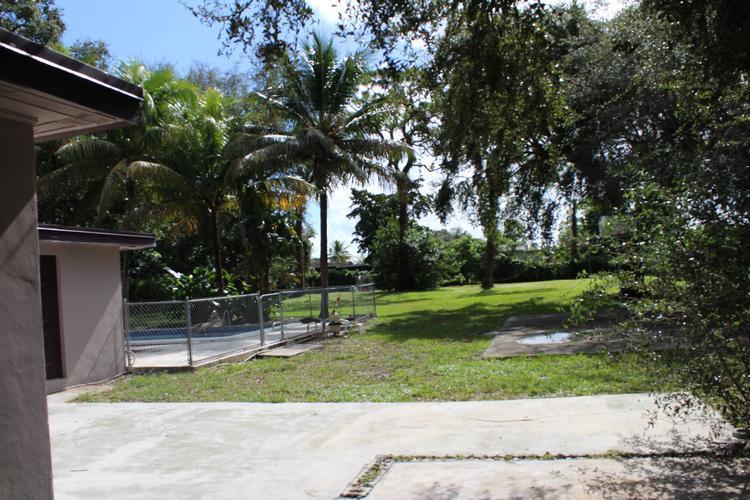 810 Nw 151st St, Miami, Florida