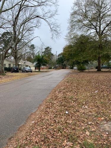 735 Garden Dr, Laurel, Mississippi