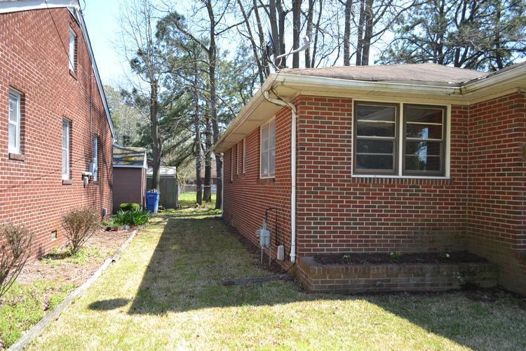 611 Crystal Ave, Chesapeake, Virginia