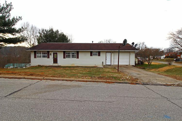 2102 Nash St, Parkersburg, West Virginia