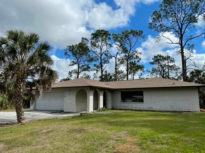 1280 25th St Sw, Naples, Florida