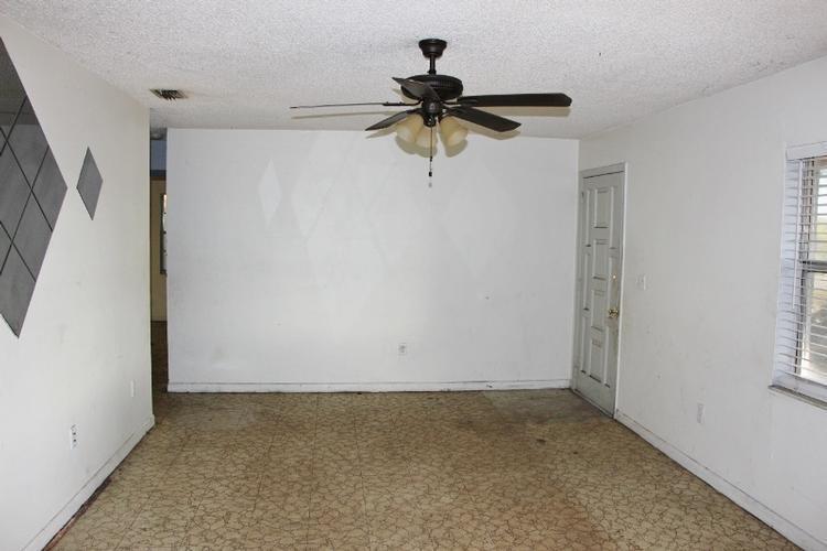 1030 Eo Douglas Avenue, Sebring, Florida