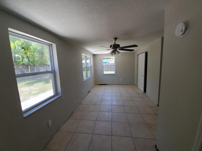 10561 53rd N Ave, Saint Petersburg, Florida