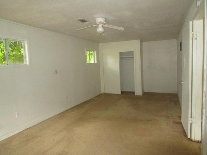 2958 Kentwood Drive, Jackson, Mississippi