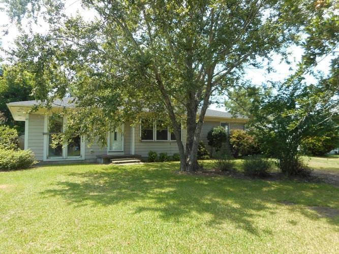 2207 Eugene Buck Lane, Morehead City, NC 28557 - HomePath com