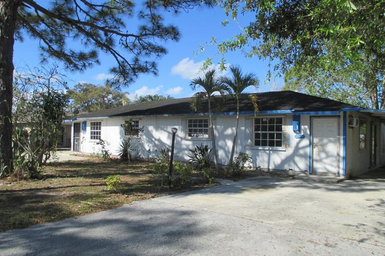 27604 606 Dortch Ave, Bonita Springs, Florida