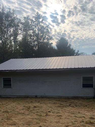 482 Vale Rd, Newland, North Carolina