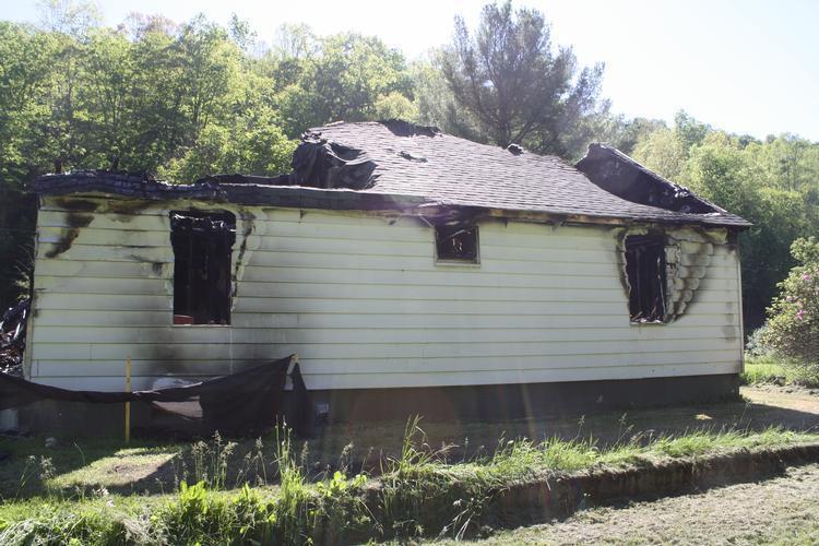 318 Rinehart Rd, Wallace, West Virginia