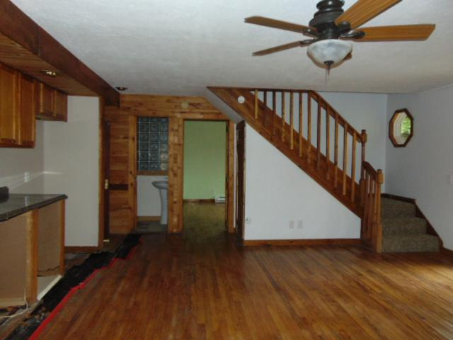 178 Hillside Ln, Slaty Fork, West Virginia