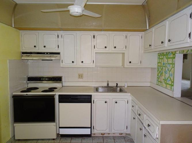 7250 Nw 1st Street 106, Margate, Florida