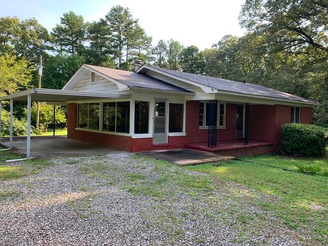 3659 Hwy 64 W, Selmer, Tennessee