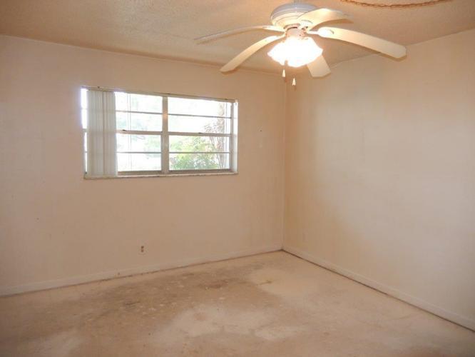 6505 Winfield Blvd B10, Margate, Florida