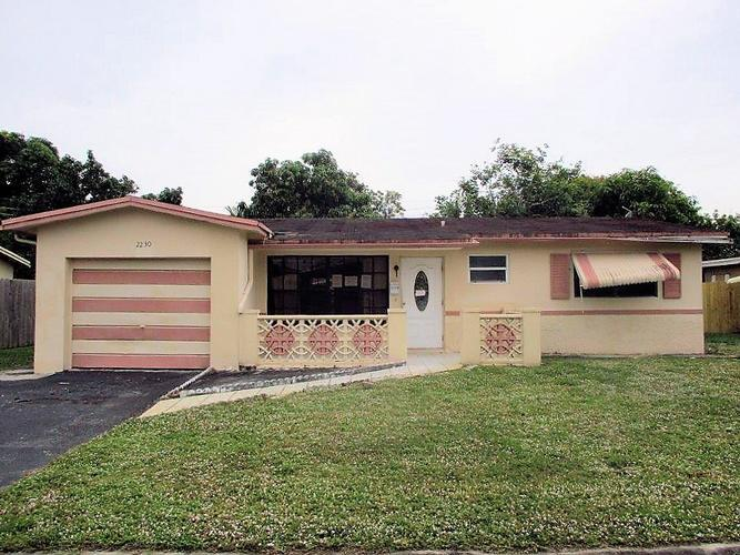 2230 Nw 51 Avenue, Lauderhill, Florida