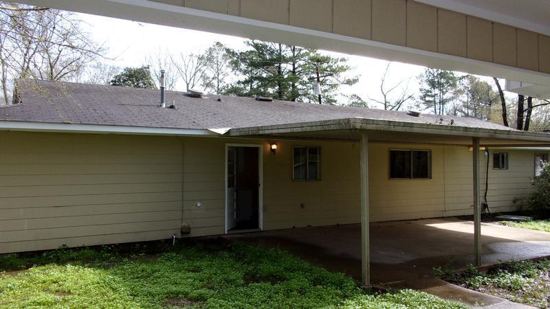 3221 Longwood Dr, Jackson, Mississippi