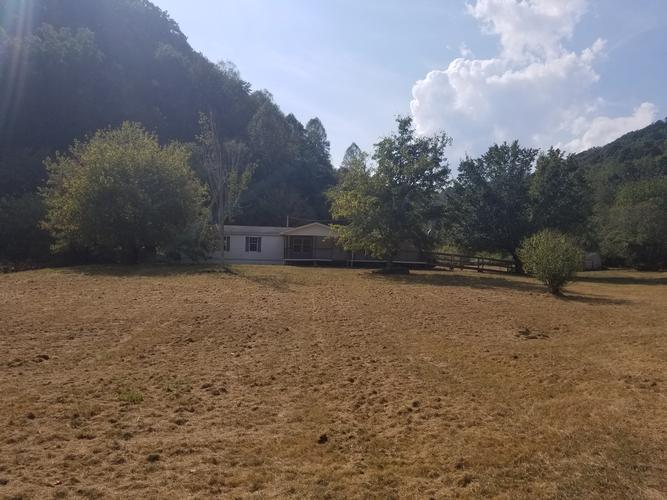 933 W Short Mountain Rd, Sneedville, Tennessee