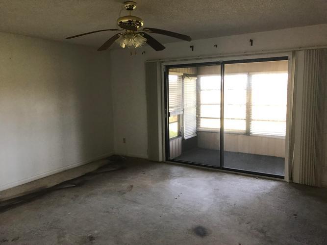 510 A Fairways Cir, Ocala, Florida