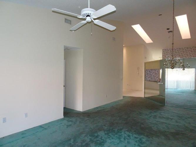 9737 Malvern Drive, Tamarac, Florida