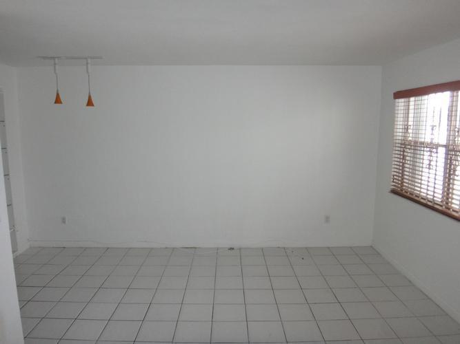 11685 Canal Drive 106, North Miami, Florida