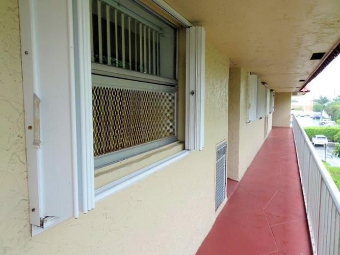 750 Se 6th Ave Apt 332, Deerfield Beach, Florida
