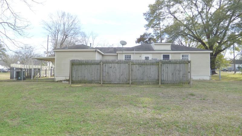 4914 Greenview Dr, Tuscaloosa, Alabama