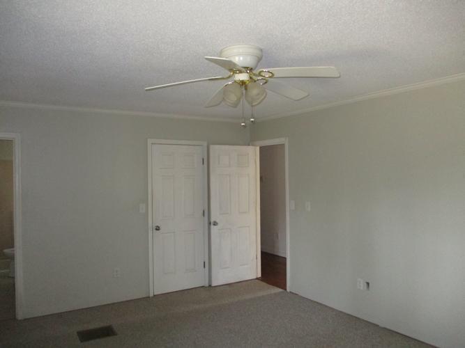 8735 Merry Oaks Ln, Toano, Virginia