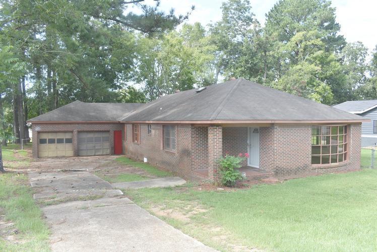 714 Greensboro St, Eutaw, Alabama