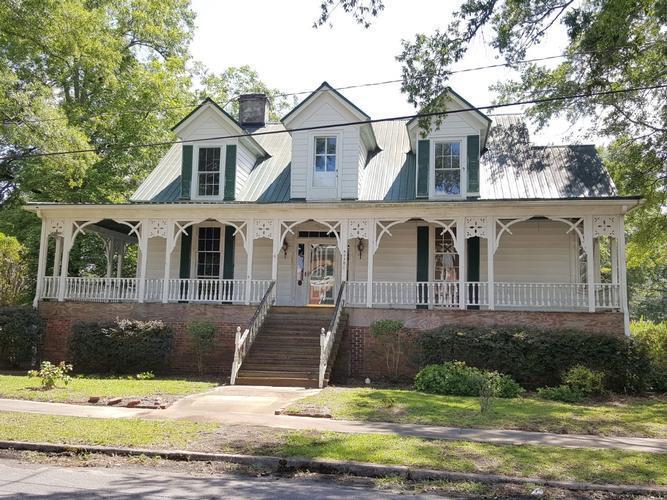 305 Jackson St, Johnston, South Carolina