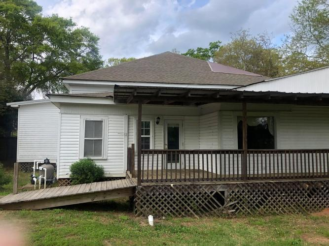 211 Clifton St, Camden, Alabama