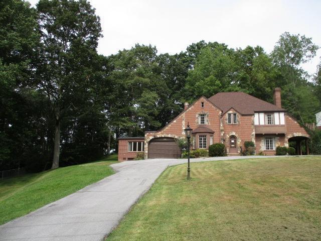 201 Oakdell Avenue, Bluefield, West Virginia