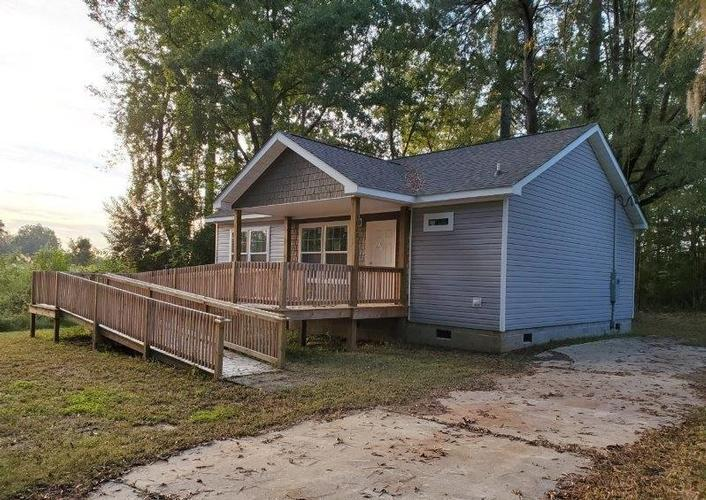1022 Featherwood Road, Turbeville, South Carolina