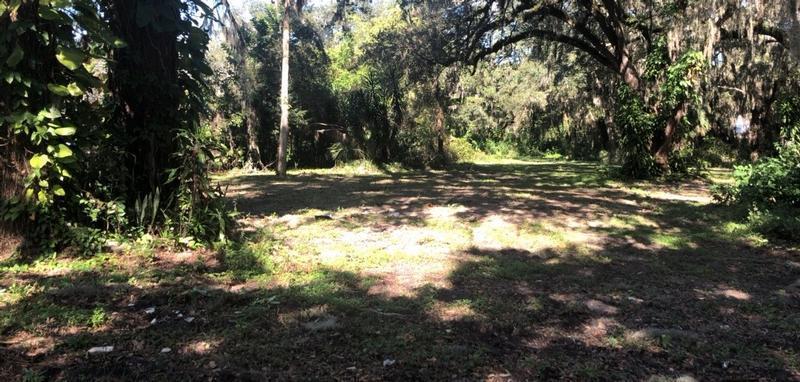 2027 30th Ave E, Bradenton, Florida
