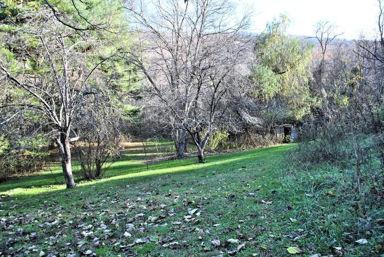 962 E River Mt Rd, Narrows, Virginia