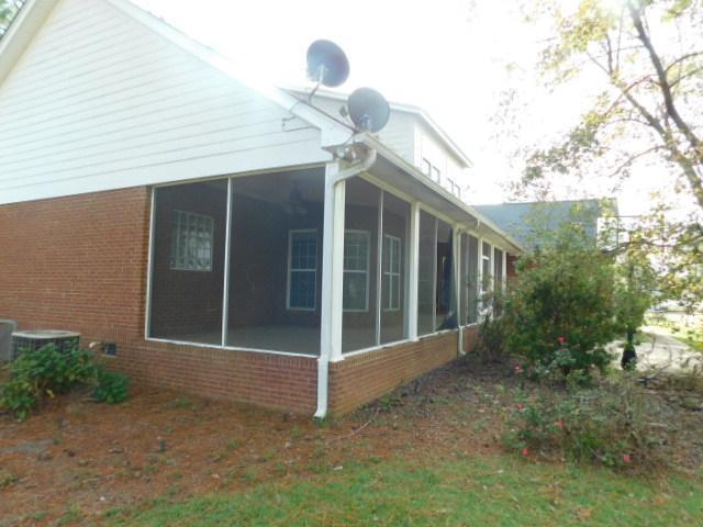 104 W Westerlee Dr, Leesburg, Georgia