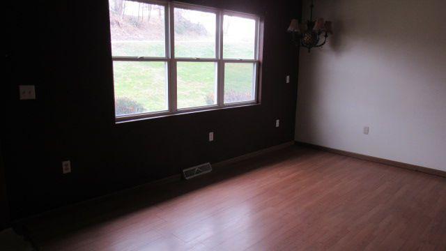 1392 Genteel Ridge Rd, Wellsburg, West Virginia