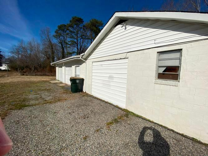 613 Queens Creek Road, Williamsburg, Virginia