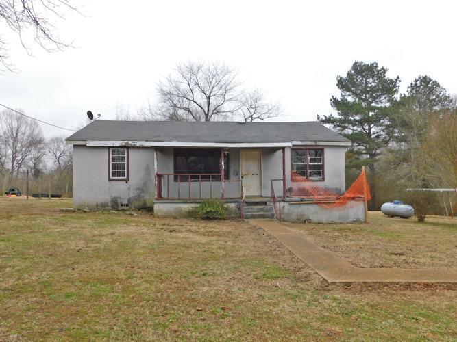 520 Lewis Bruce Ln, Florence, Alabama