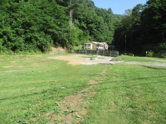 Rr 1 Box 67b, Matoaka, West Virginia