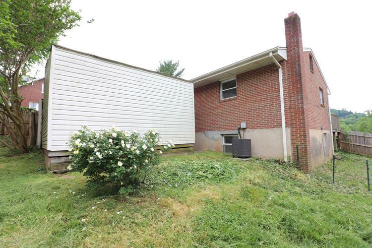 1418 Buena Vista Blvd Se, Roanoke, Virginia