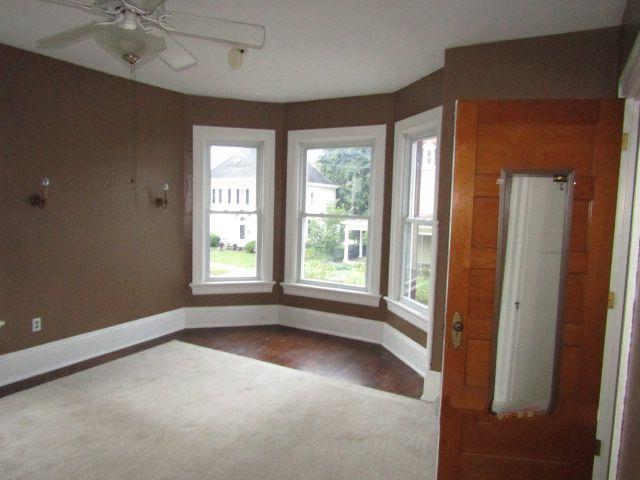 417 N Chestnut St, Barnesville, Ohio