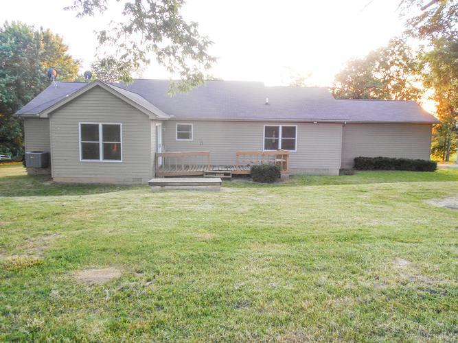 5516 W County Road 50 N, Brownsville, Indiana