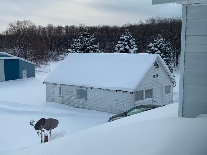 9920 Hulbert Rd, Hulbert, Michigan