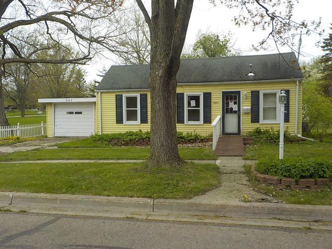 905 Adams St, Lapeer, Michigan