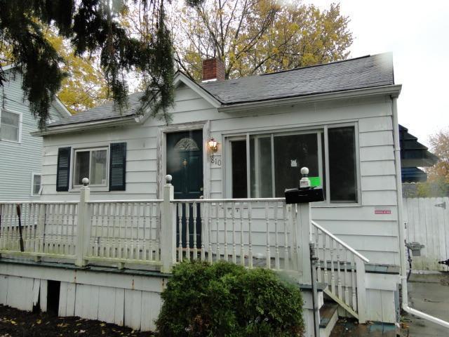 810 South St, Mount Morris, Michigan