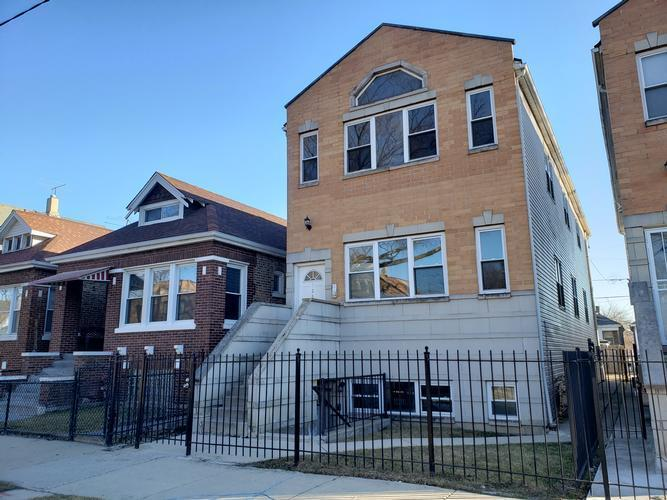 7257 South May Street, Chicago, Illinois