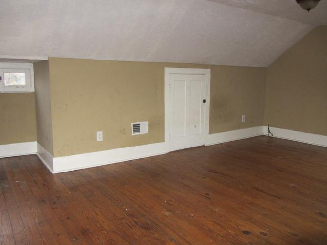 3312 Redwood Rd, Cleveland Heights, Ohio