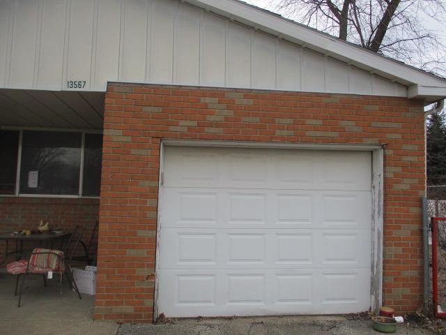 13567 1st Street, Pekin, Illinois