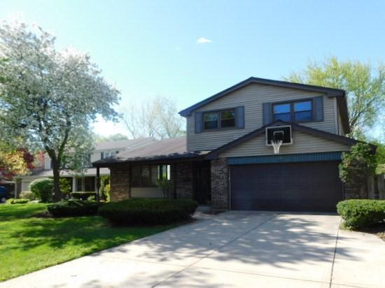 207 E Burr Oak Dr, Arlington Heights, Illinois