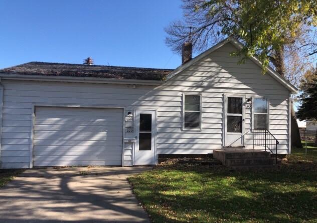 253 2nd St, Wyndmere, North Dakota
