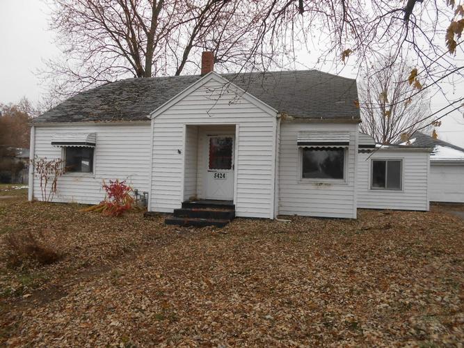 5424 Beecher Rd, Osseo, Michigan