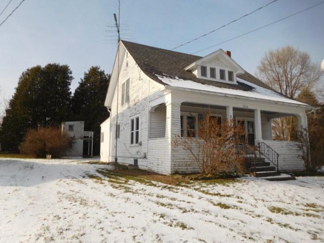 216 N Clinton St, Stockbridge, Michigan